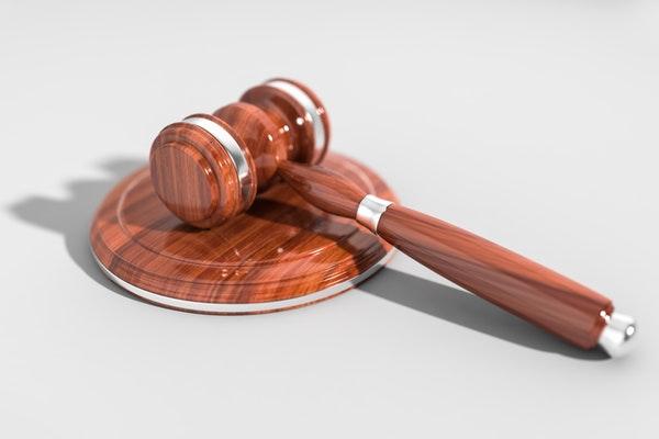 El Tribunal Supremo declara la nulidad de la cláusula suelo de una empleada de banca