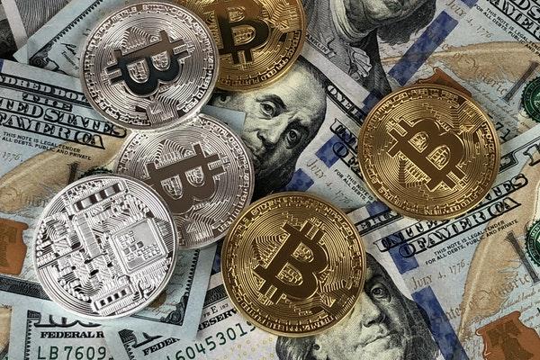 Cristina Martínez: «El blockchain no es una amenaza, lo veremos aplicado a situaciones reales como ventaja»